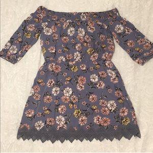Dresses & Skirts - Off shoulder spring dress